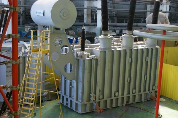 Трансформатор трехфазный двухобмоточный масляный класса напряжения 150 - 330 кВ ТРДНС-40000/220-У1